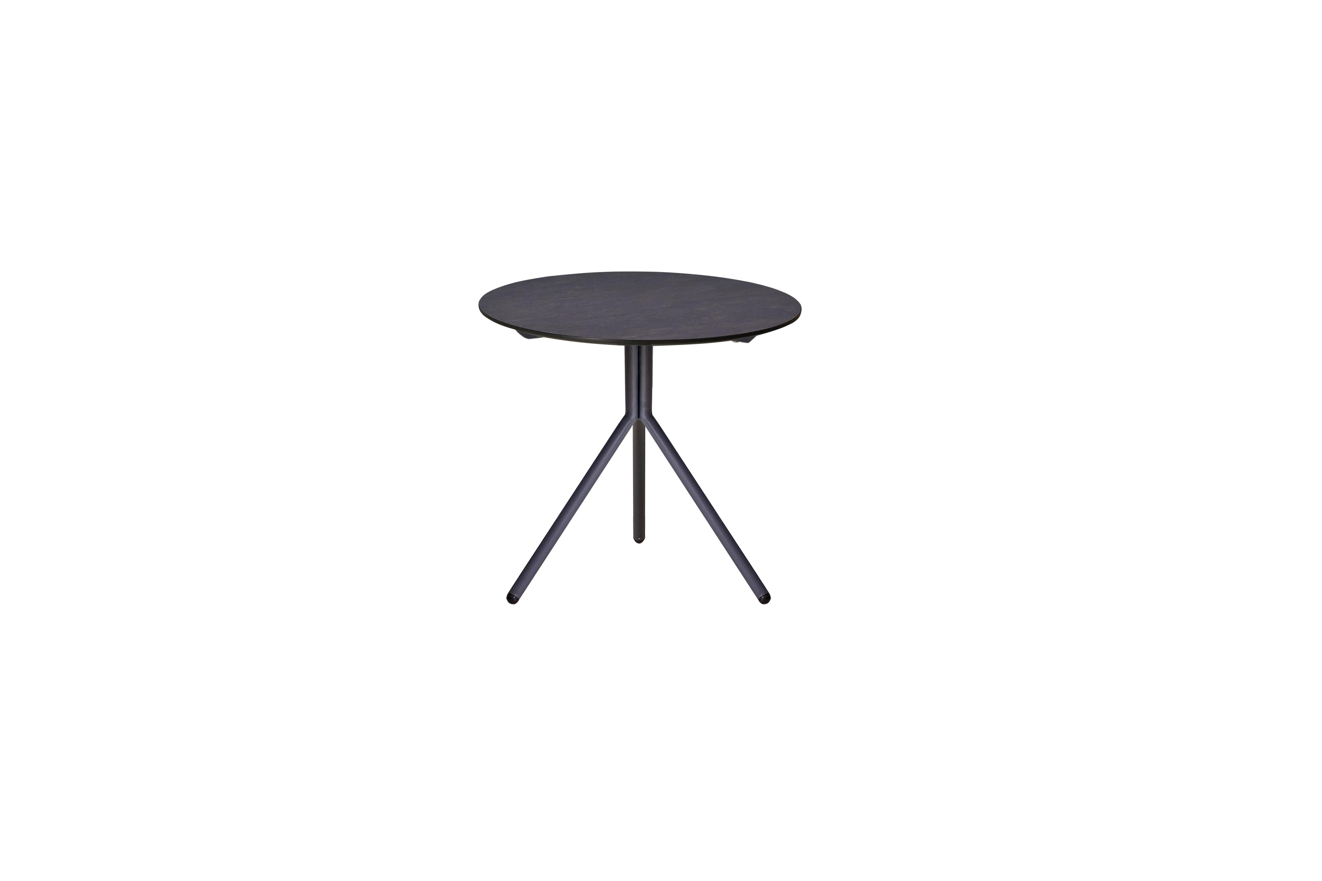 MAMAGREEN_BON12_BONO_side_table_dia_46_cm_aluminum_hpl