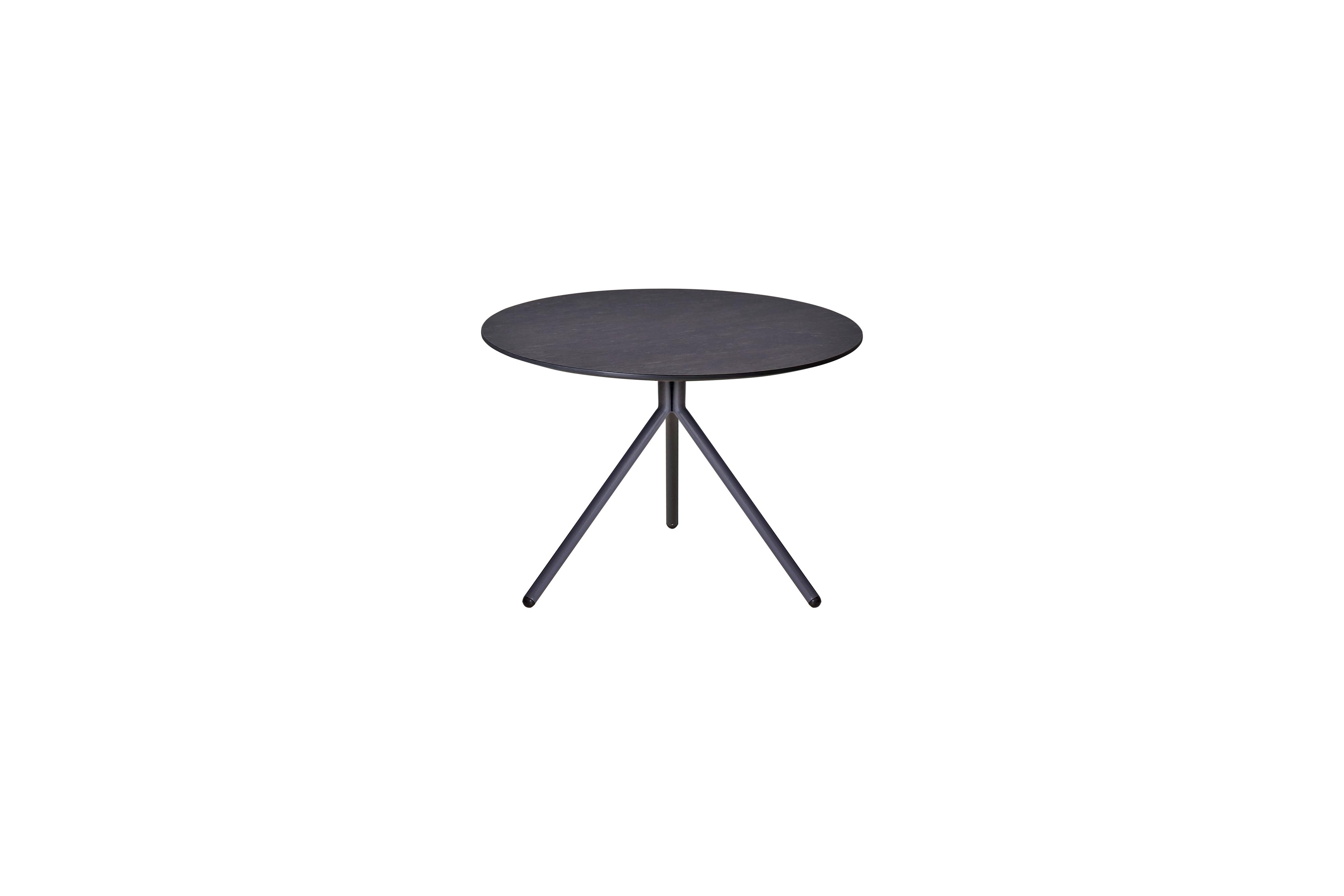 MAMAGREEN_BON13_BONO_low_table_dia_54_cm_aluminum_hpl