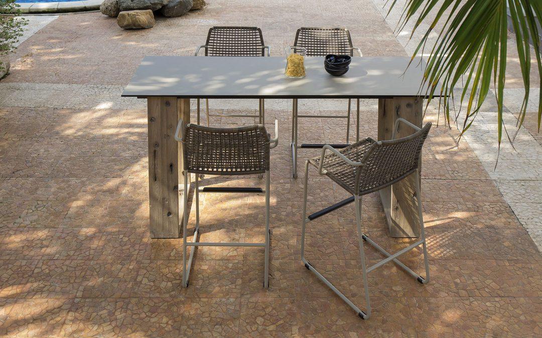 AIKO Bar Table and MANDA Bar Chair