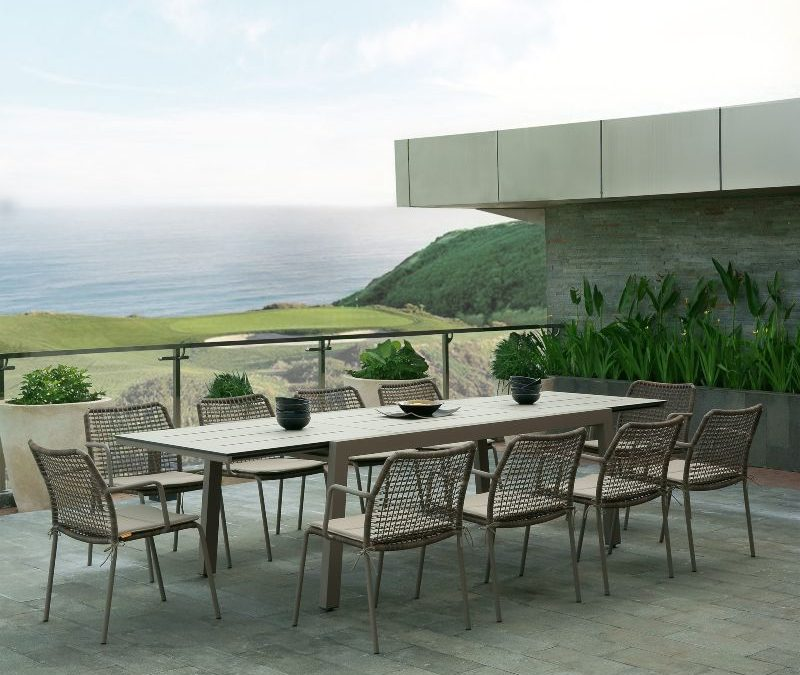 BAIA Extension Table & MANDA Dining Chair