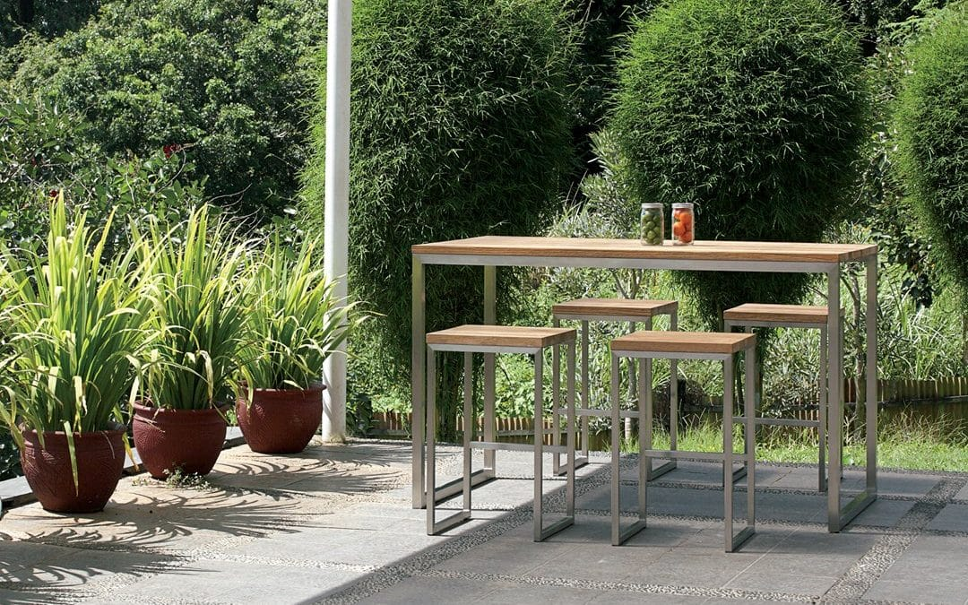 OKO BAR TABLE & OKO HIGH STOOL