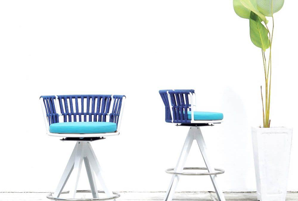 DAISY RAE Bar Chair