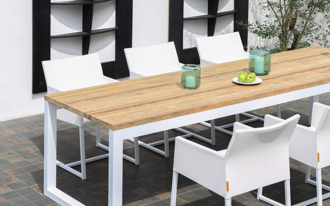 OKO TABLE AND MONO DINING CHAIR